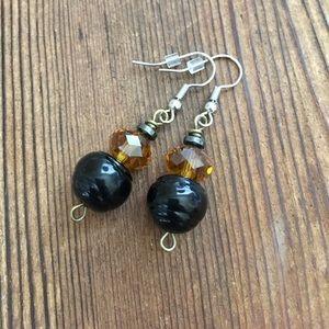 💋5 For $25 Black Beaded Ladies Dangle Earrings